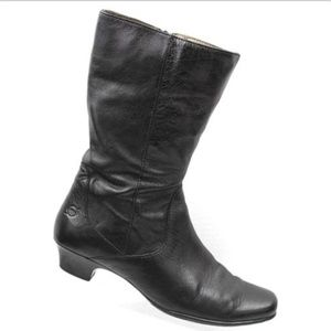 BORN Black Leather Side Zip Mid Calf Boots